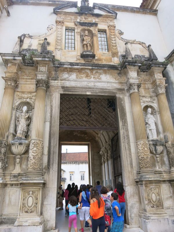 ポルトガル17コインブラ大学_e0233674_172022100.jpg