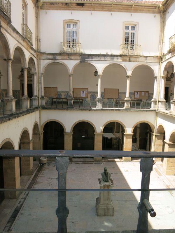 ポルトガル17コインブラ大学_e0233674_2142533.jpg