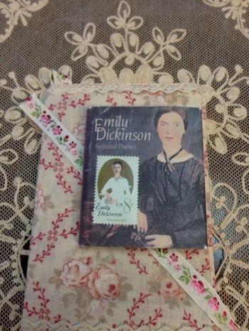 エミリー・ディキンスンの詩と共に_c0203401_011912.jpg