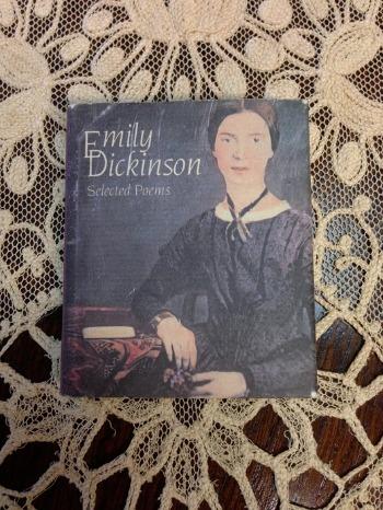 エミリー・ディキンスンの詩と共に_c0203401_0145910.jpg