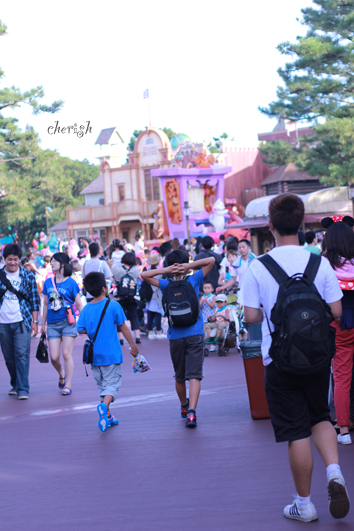 そうだ、東京ディズニーランドへ行こう!_b0208604_20404500.jpg