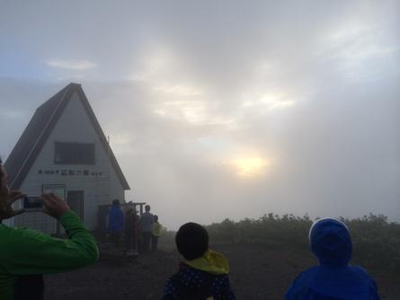 キャンプ3日目!(ご来光登山)_f0101226_0383276.jpg