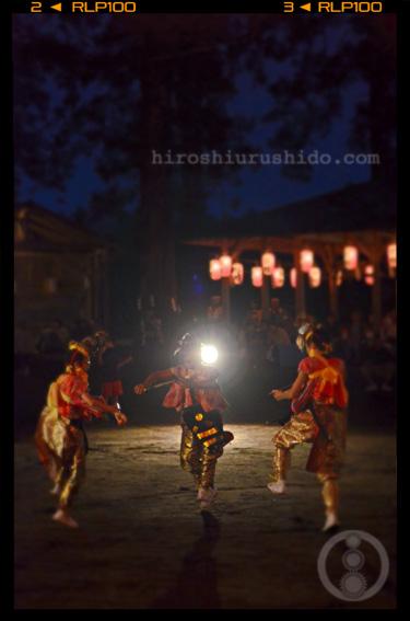 五戸町伝統の踊り_c0229485_1631994.jpg