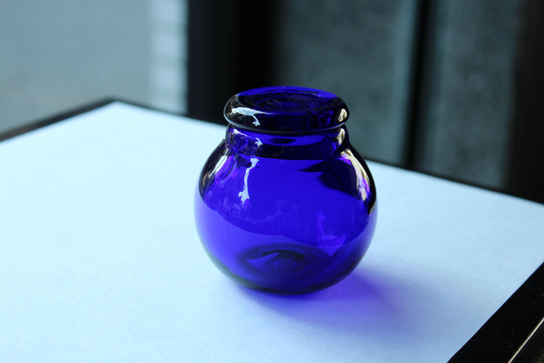 ガラス  小さな蓋物_c0237627_22181178.jpg