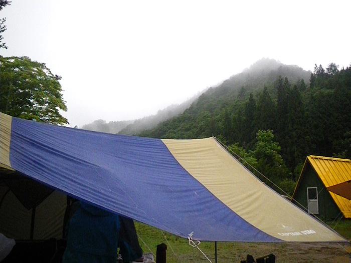 気圧の谷でのキャンプは忙しい (1日目)_c0120834_07243257.jpg