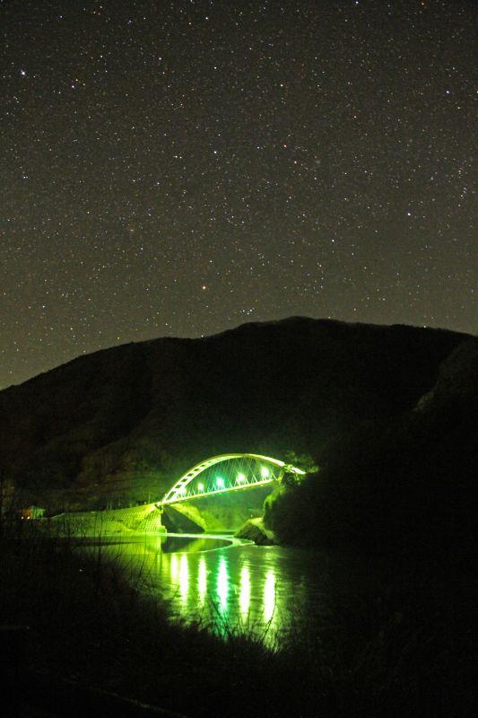 みずがき湖の夜・・・_b0100253_1724062.jpg