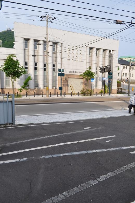 函館末広町の旧百十三銀行本店(建築家・関根要太郎函館作品再訪、その4)_f0142606_20524189.jpg