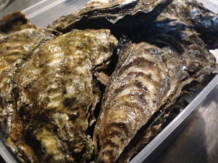 そろそろ、北海道の牡蠣が良い頃ですかね・・・_f0186927_20561324.jpg