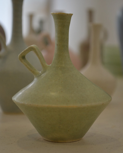 和田麻美子作陶の花器が入荷しました。_b0141685_13311511.jpg