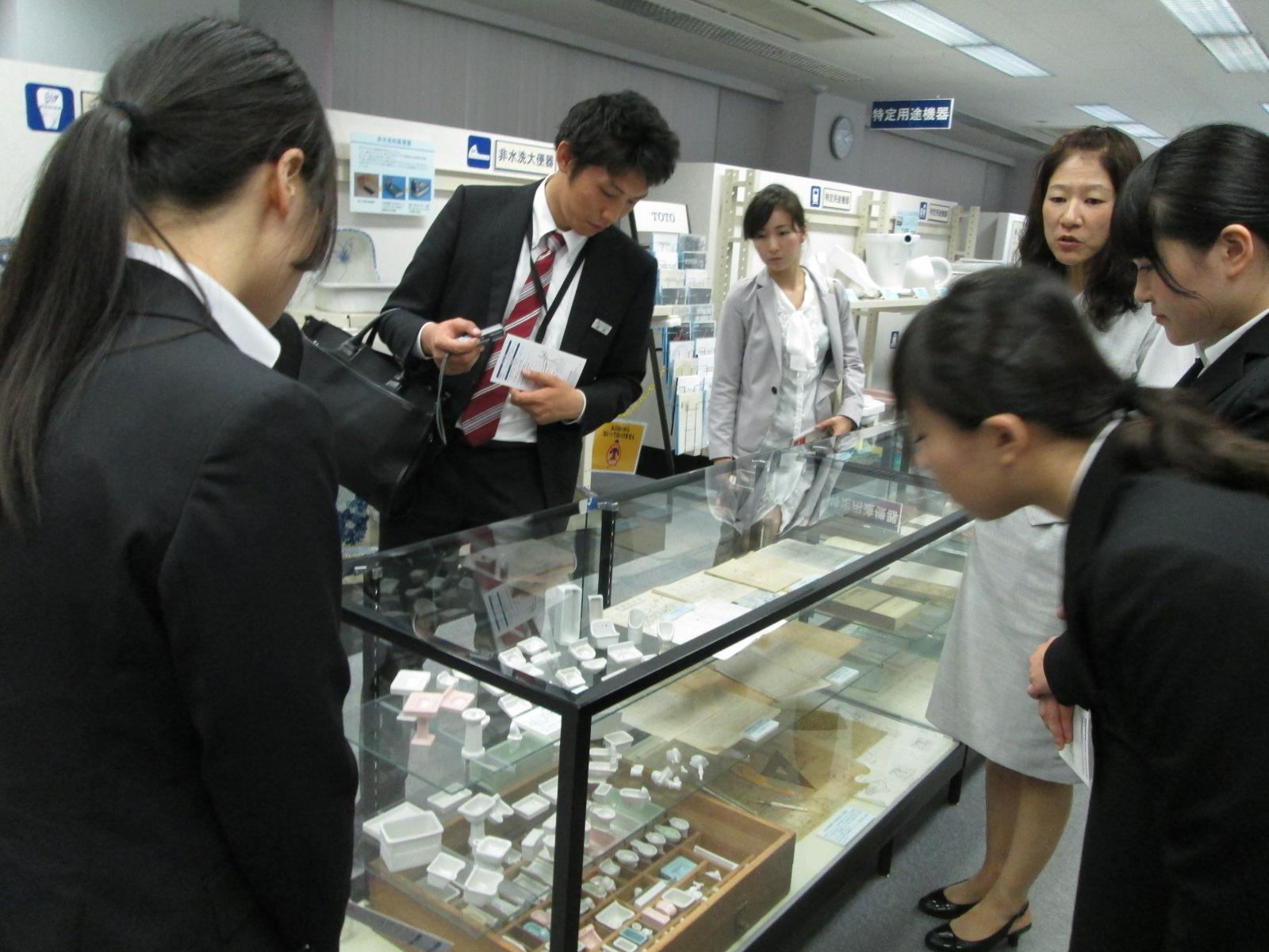 TOTO九州工場見学に行ってきました!_e0190287_2117515.jpg