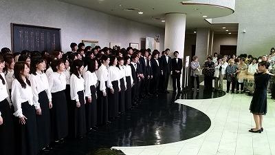 早稲田大学合唱団が来た!_d0050503_23595359.jpg