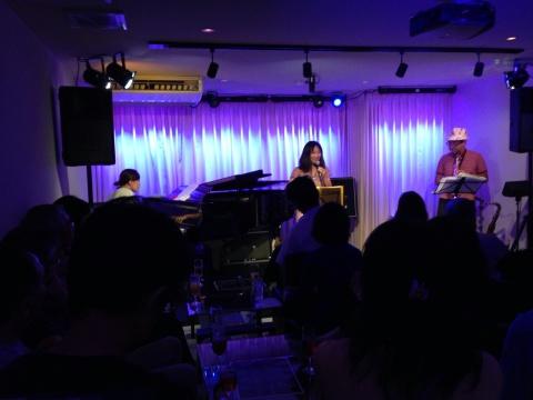 Jazzlive comin 広島  本日23日土曜日のライブ!_b0115606_12223498.jpg