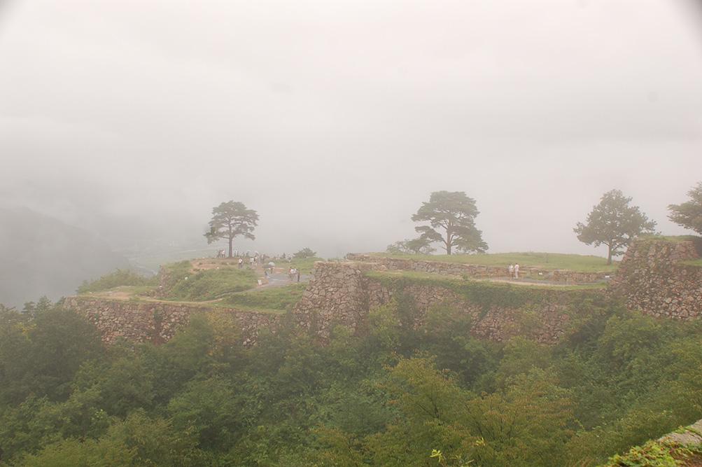 雨の但馬路紀行 その2 「日本のマチュピチュ・竹田城跡」_e0158128_0274517.jpg