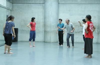 神楽坂ダンス学校夏校のプレゼンを前に猛特訓_d0178431_18453002.jpg