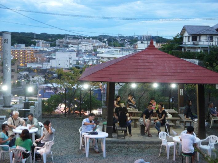 大船ビアフェスタで夜景眺めながら北鎌倉の恵みを味わう_c0014967_2327249.jpg
