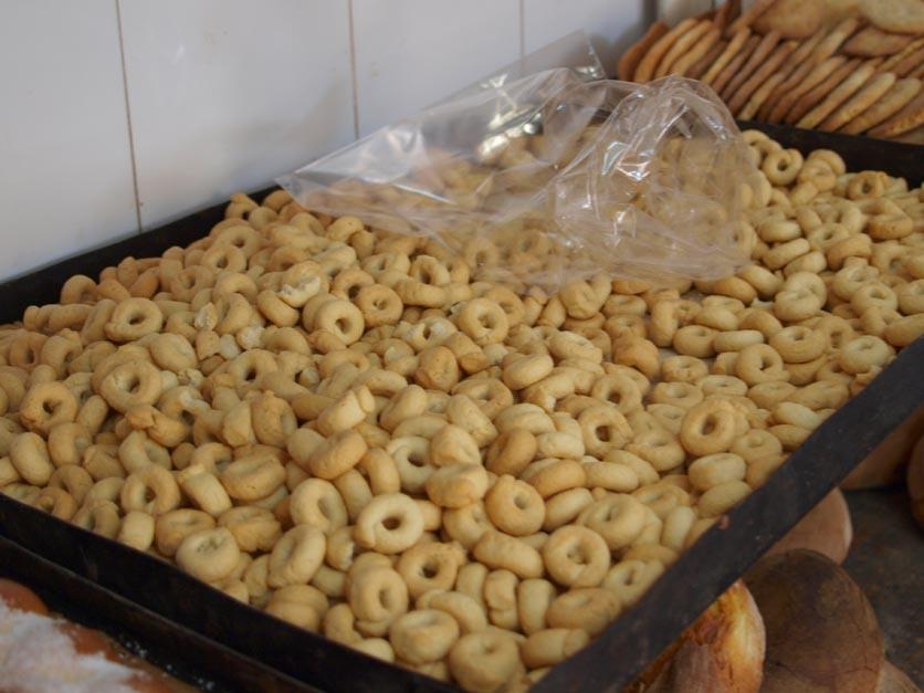 美味しいパンを探して ALTAMURAの街へーープーリア旅行記2014_c0179785_0555422.jpg