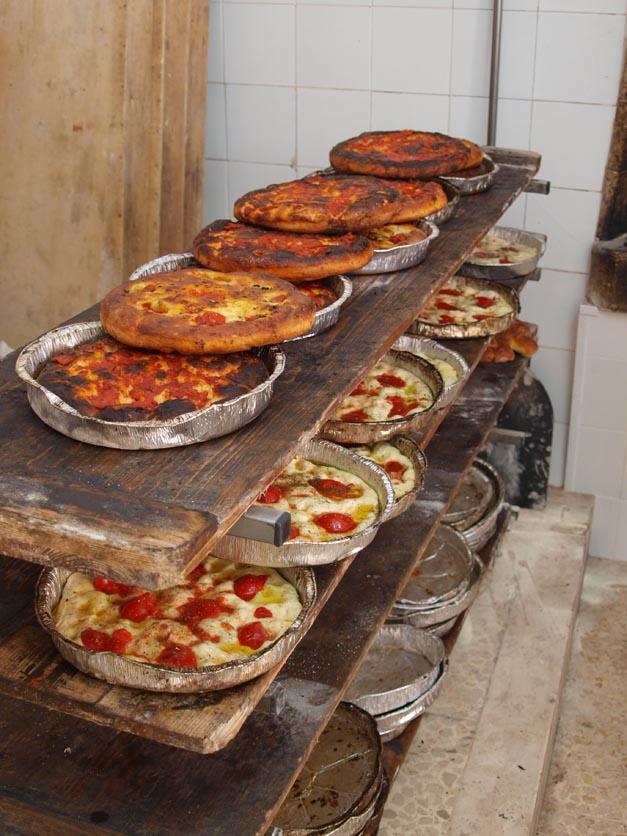 美味しいパンを探して ALTAMURAの街へーープーリア旅行記2014_c0179785_056270.jpg