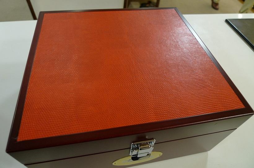 新しいシューケアボックスが入荷しました_d0166598_12475034.jpg