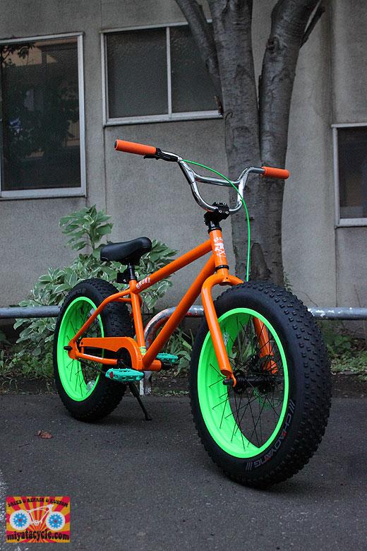 BRONX 20インチ ファットバイクをさりげなくカスタム_e0126901_12123204.jpg