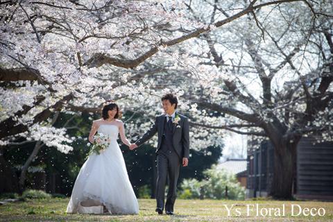 桜の咲くころに 白とピンクの花冠_b0113510_048095.jpg