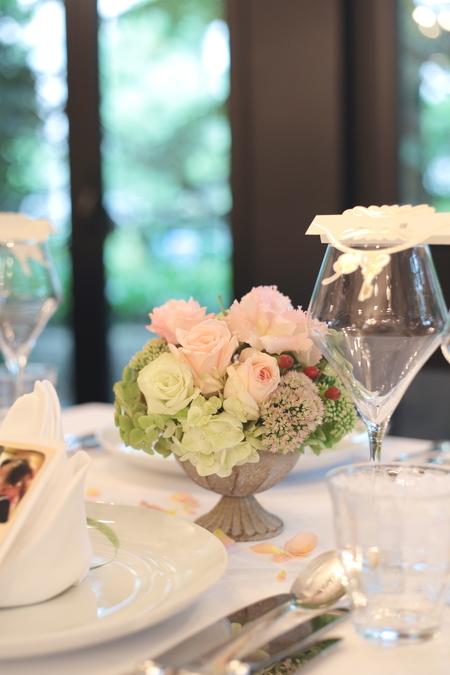 夏の装花 日比谷パレス様へ と軽井沢で単発アシスタント募集のお知らせ_a0042928_9552361.jpg