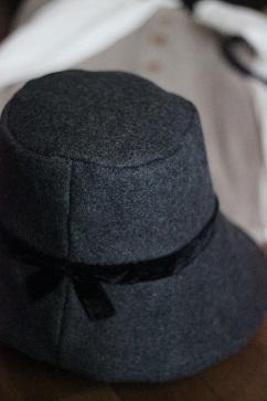 秋冬のスタイリング ウールとベロアの帽子・・・♪_f0168730_1323745.jpg
