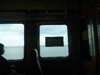 blog:海の見える優先席_a0103940_11201828.jpg
