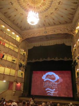 ゴルドー二劇場にて、ゴルドーニを体験する_a0091348_0192767.jpg