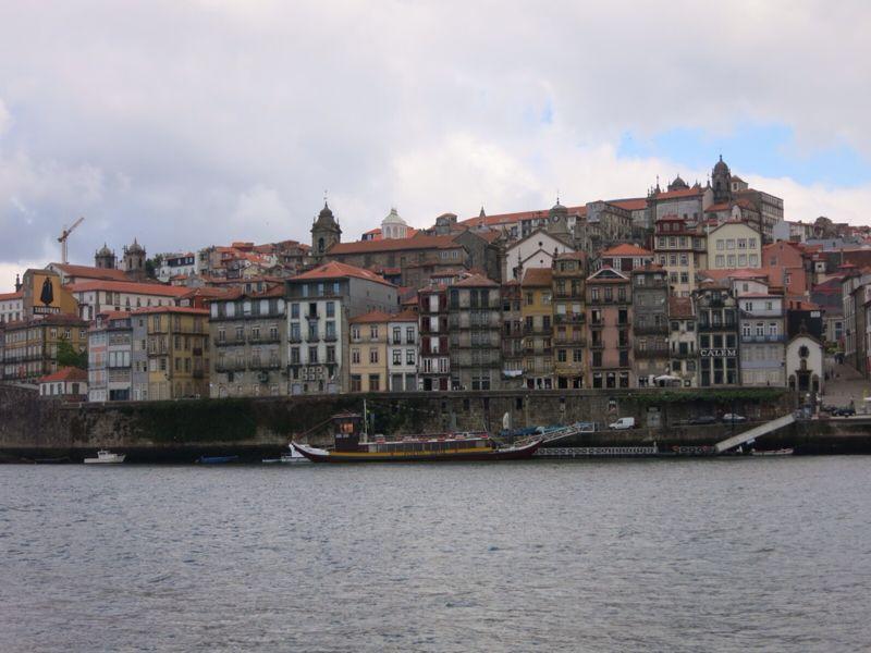 ポルトガル21ポルト・ドウロ川クルーズ_e0233674_1842324.jpg