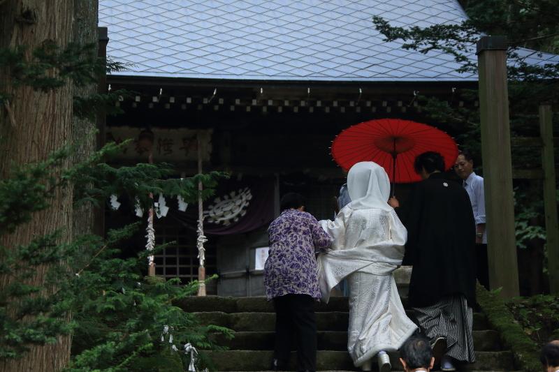 遠野早池峯神社狐の嫁入り_f0075075_2022410.jpg
