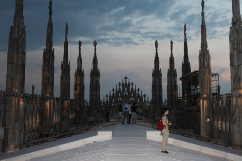 イタリアへの旅その10―ミラノドォーモの上、ディナー、Hotel Principe de Savoiaの朝食、帰路_e0123104_652158.jpg