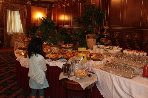 イタリアへの旅その10―ミラノドォーモの上、ディナー、Hotel Principe de Savoiaの朝食、帰路_e0123104_704219.jpg