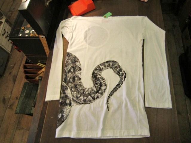 ヴィヴィアン・ウエストウッドとワールズエンドクラシックスのTシャツ_a0182112_1834781.jpg