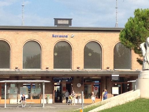 ラヴェンナ1:世界遺産とモザイク_a0136671_4193767.jpg