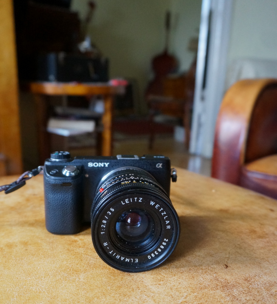 Leica M ≧ NEX6_c0180686_06214471.jpg