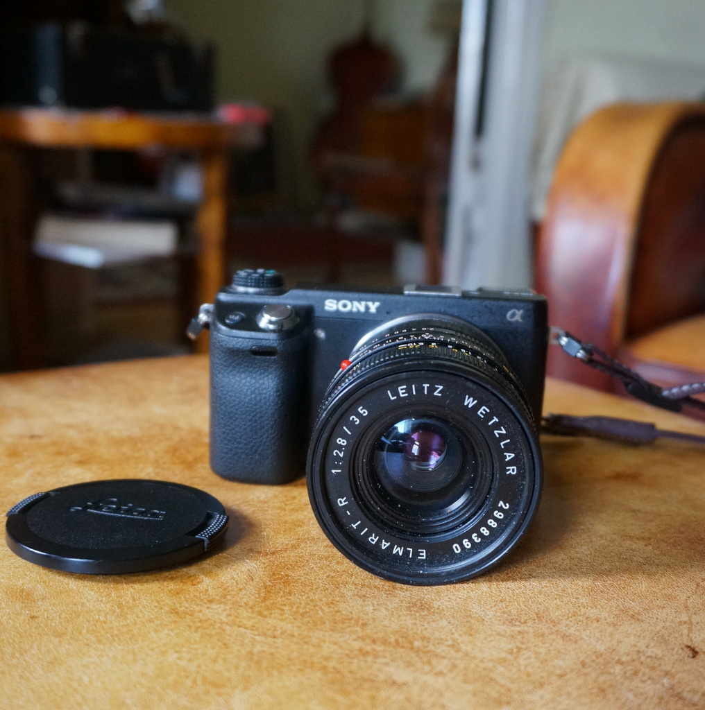 Leica M ≧ NEX6_c0180686_06224314.jpg