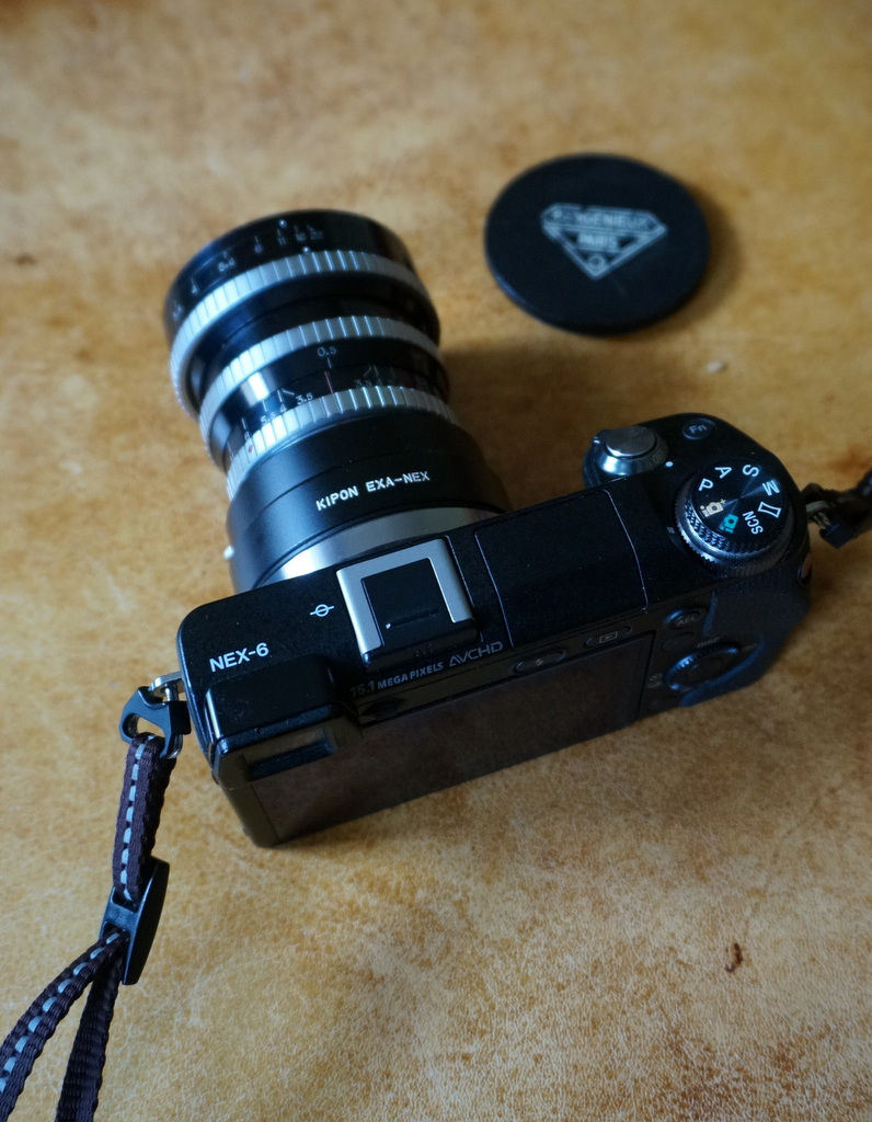 Leica M ≧ NEX6_c0180686_06263139.jpg