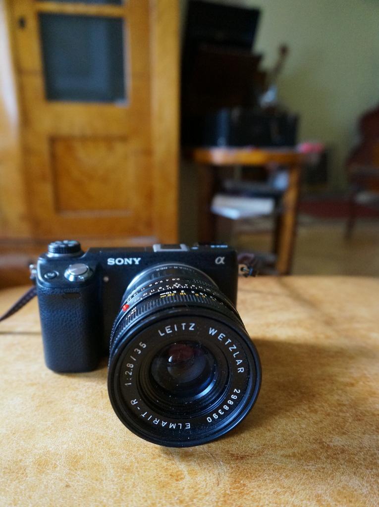 Leica M ≧ NEX6_c0180686_06273830.jpg