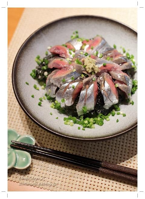 新秋刀魚 で サンマ丼!_f0179404_6554422.jpg