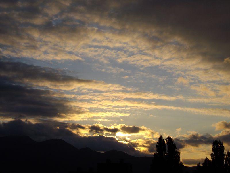 夕景のきれいな季節になりました_c0025115_19265915.jpg