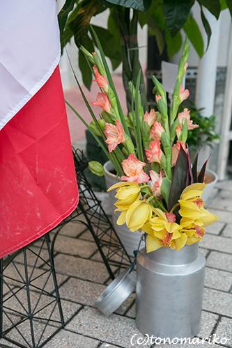 ブロカントとお花ミックスの楽しみ方_c0024345_1347106.jpg