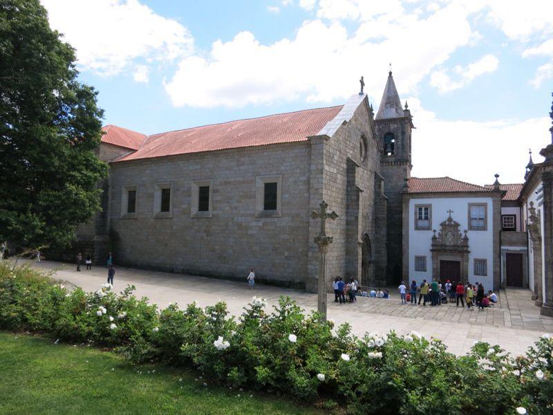 ポルトガル23ギマランイス_e0233674_2214229.jpg