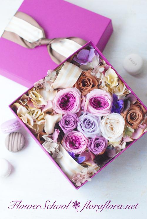 〜8月最後の月曜日は行ってしまった〜 Flora*2ちいさな花の教室*プリザのフラワーボックス_a0115684_17151038.jpg