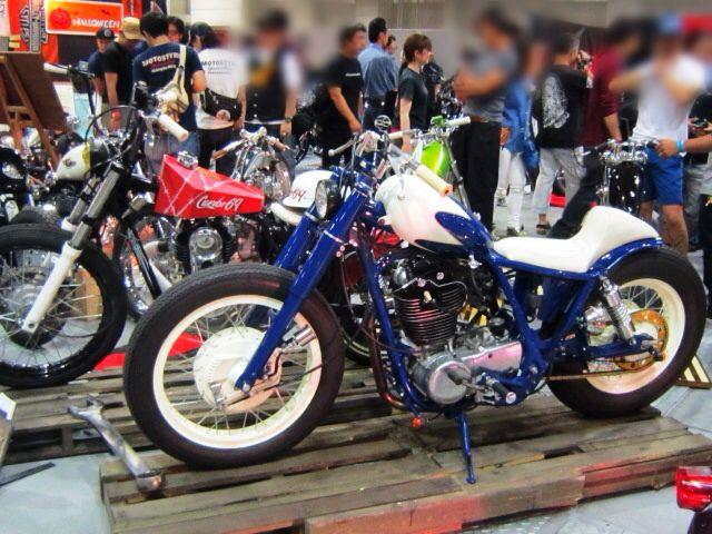 「 RIDERS & MOTORCYCLE 」_c0078333_2121324.jpg