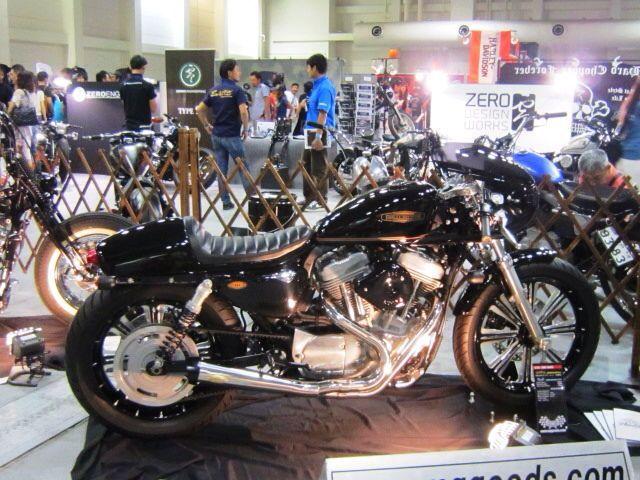 「 RIDERS & MOTORCYCLE 」_c0078333_2122434.jpg
