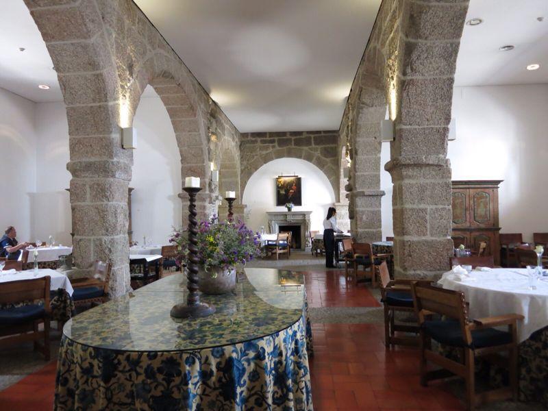 ポルトガル24ポサダ_e0233674_22361618.jpg