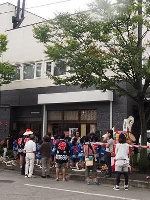 荻曽根祭り。_a0045293_10402914.jpg