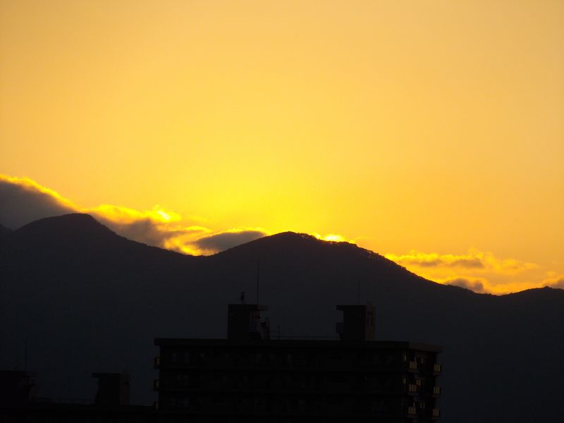 日没の位置もすっかり南に戻り_c0025115_18253960.jpg