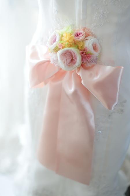 ドレスのバックコサージュとリストブーケ 北海道へ_a0042928_21185882.jpg