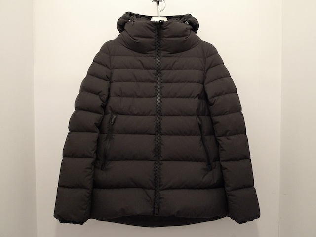 HERNO LAMINAR GORE WINDSTOPPER DOWN JACKET DARK GREY:SORRY,SOLD OUT!_f0111683_16482968.jpg